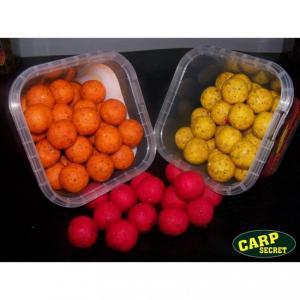 Boilie CarpSecret Atrakt Colors Švestka - Čili 20mm 500ml