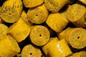 LK Baits Kukuřičné pelety Corn Pellets 20mm 1kg