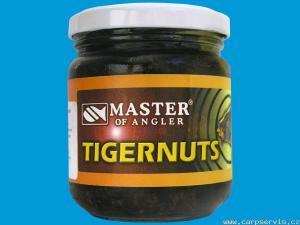 Tygří ořech Master of Angler black 212ml